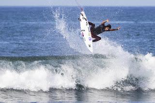 11 Filipe Toledo Hurley Pro at Trestles foto WSL Sean Rowland