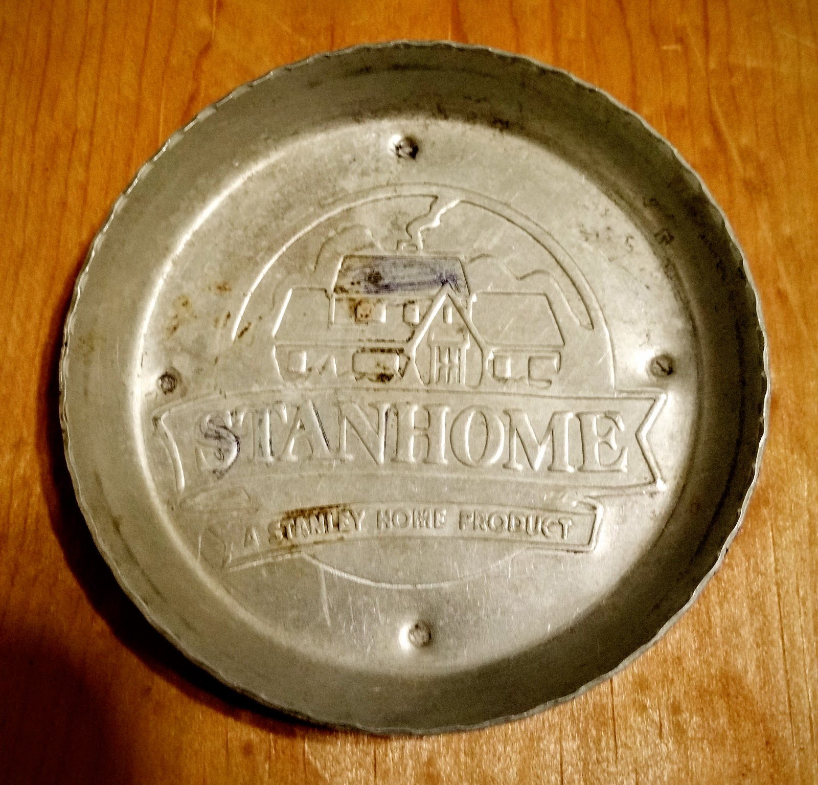 stanley home products used to manufacture ashtrays this one is from the 1950u0027s