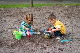 deti sa hrajú
