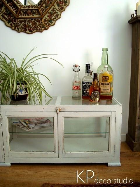 Mesas vintage de madera para colocar TV