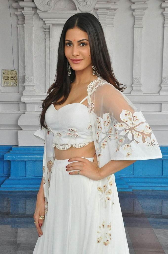 Glamorous Mumbai Girl Amyra Dastur Long Hair Photos In White Dress
