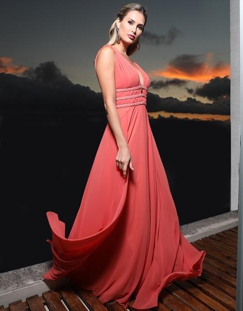 vestido longo coral esvoaçante