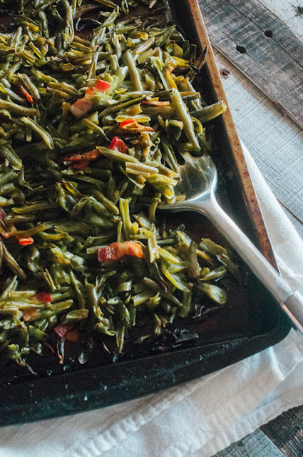 Roasted Green Beans with Bacon (AIP Reintroduction, Paleo, Low FODMAP, Whole30)