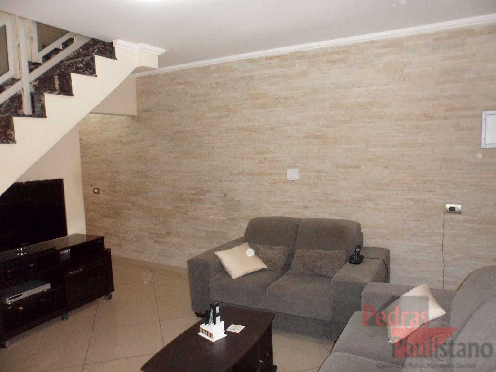 Pedra Canjiquinha Na Sala A Arquiteta Fernanda Dabbur Tirou Partido  -> Parede Da Sala Com Filetes