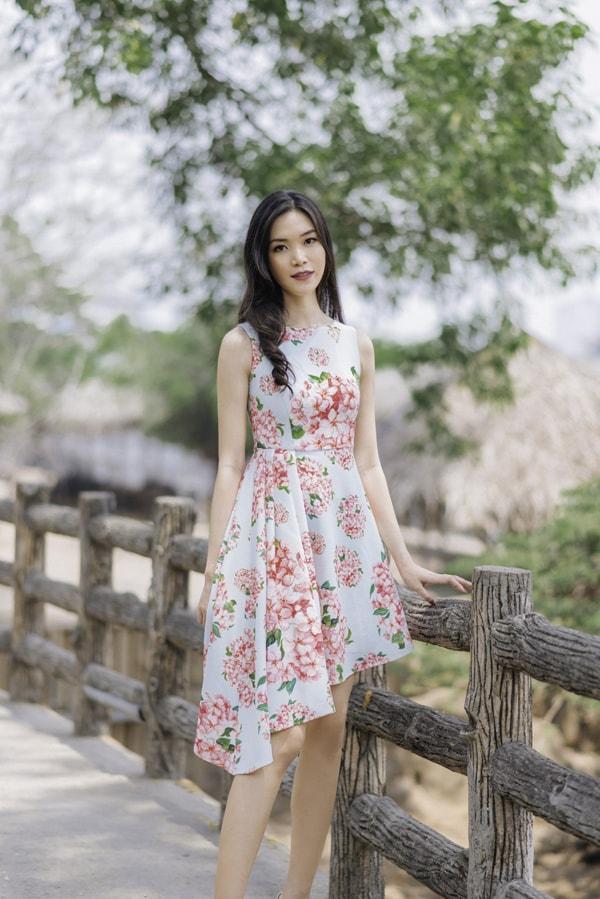 Hoa hậu Thùy Dung gợi ý chọn váy hoa cho nàng công sở - 9
