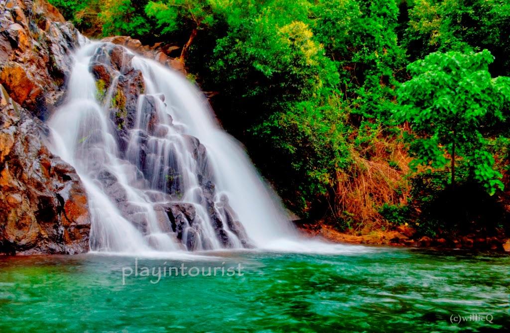 Nangoloan Falls Zambales