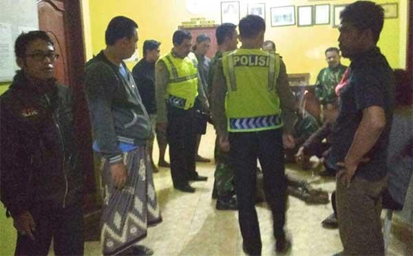 warga desa karangmuncang kuningan tangkap pencuri motor