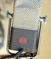 RCA Microphone image