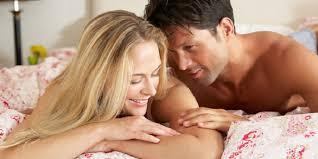 Bagaimana Cara Sederhana Membuat Suami Betah Dirumah