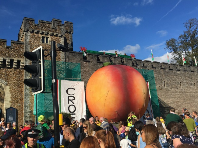 City-Of-The-Unexpected-Cardiff-Celebrates-Roald-Dahl-crowds-giant-peach-in-front-of-castle