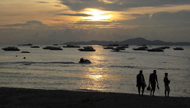 Ростуризм порекомендовал гражданам в Таиланде избегать мест скопления людей