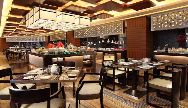 Khu ẩm thực tại Tabudec Plaza
