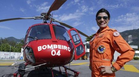Corpo de Bombeiros do Rio de Janeiro tem primeira mulher piloto de helicóptero