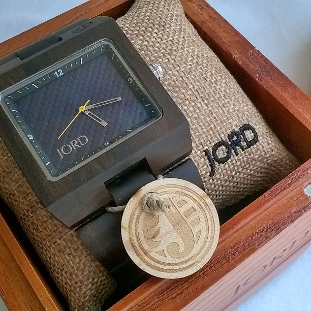 All-Around Pinay Mama, Jord Watch, Jord Watches, Wood Watch, Best Watch, SJ Valdez, Dark Sandalwood & Blue Carbon, Eco Friendly, Beautiful watch, Unique Watch, men's watch, women's watch, personalized watch