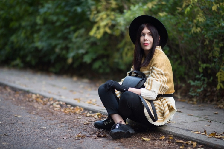 Jesienna stylizacja ponczo