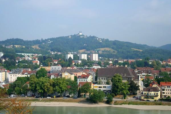 linz château vue danube pöstlingberg