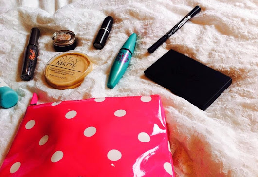 Whats in my makeup bag #1 - spring 2014