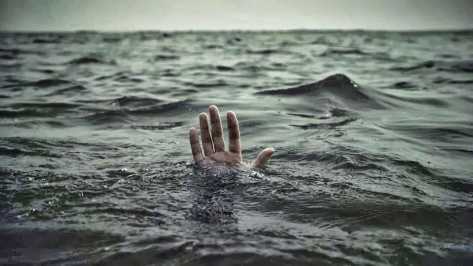 Καθηγητής του Πανεπιστημίου Πατρών, πέθανε ενώ κολυμπούσε!