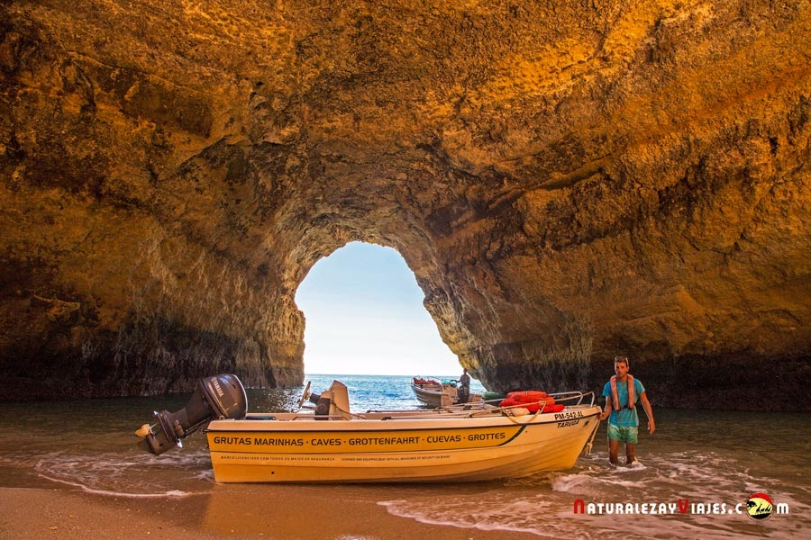 Excursión en barca a la cueva de Benagil, Algarve