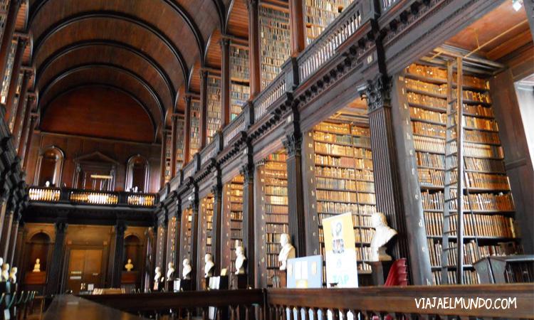 La Biblioteca Del Trinity College En Dublin