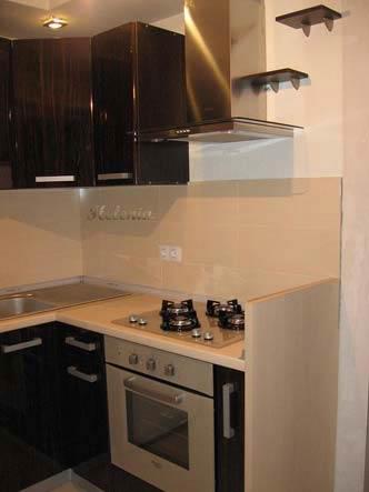 кухни в стиле зебрано