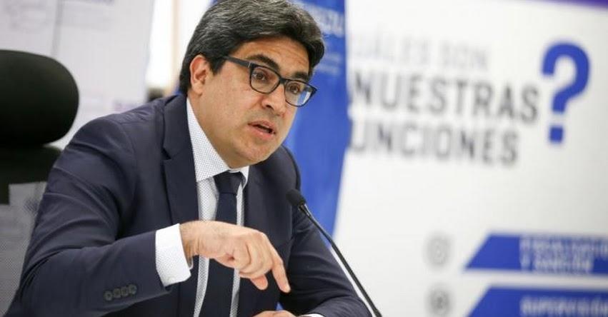 MINEDU: Se creyó que el mercado se iba a regular solo, pero se han dado malas prácticas en la educación (Carlos Martín Benavides Abanto) www.minedu.gob.pe