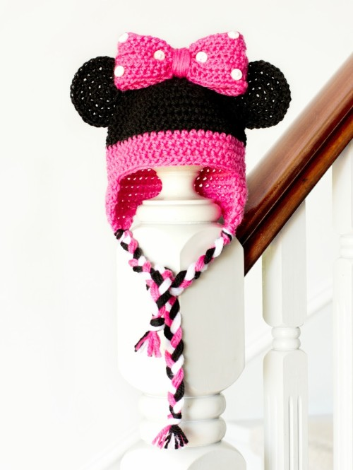 Minnie Mouse Inspired Baby Hat - Free Pattern