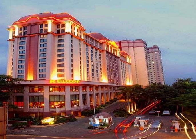 Menikmati Hotel Bintang 4 di Redtop Hotel Jakarta