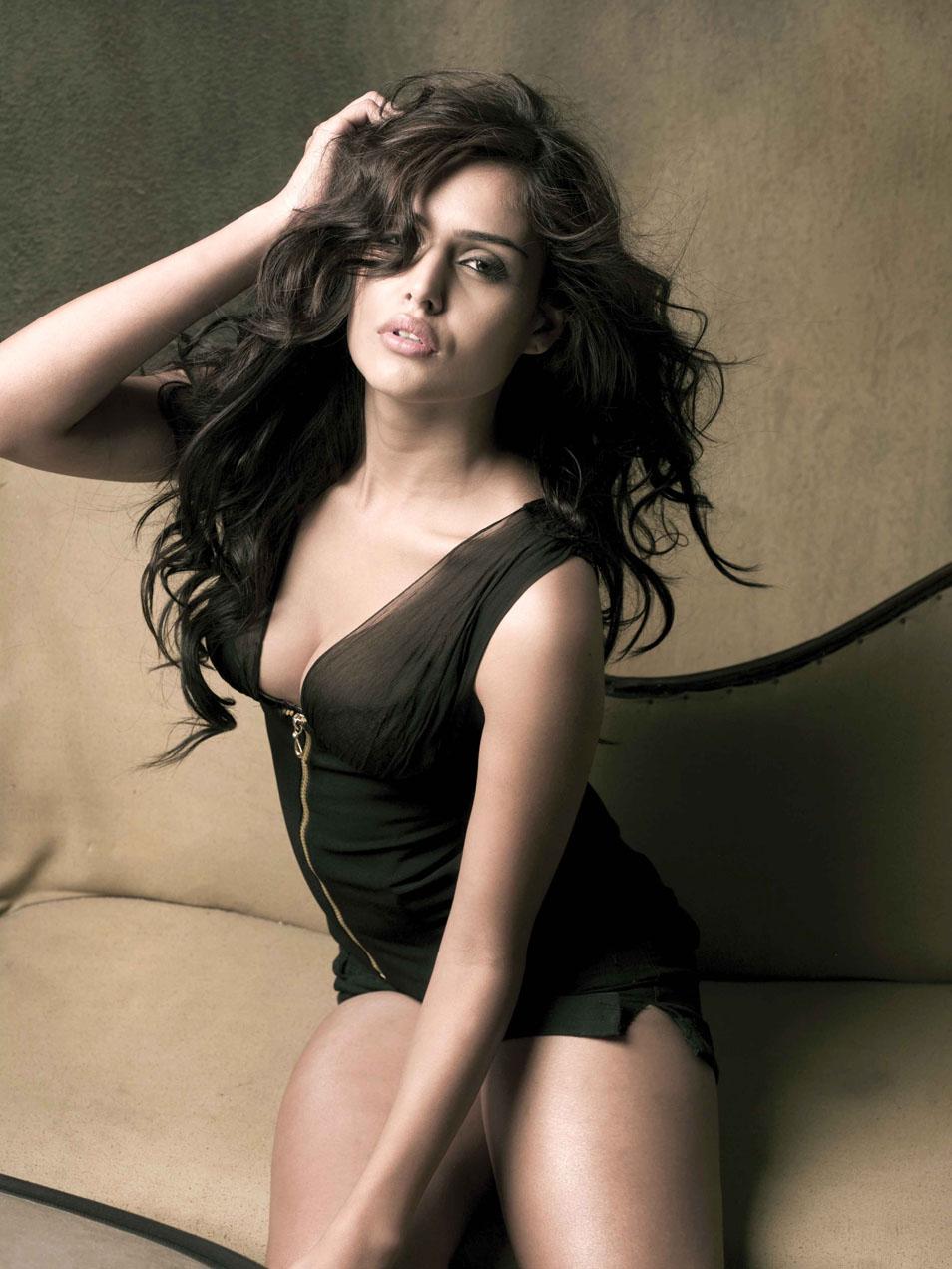 Is a cute Nathalia Kaur nude (15 photo), Pussy, Cleavage, Twitter, legs 2019