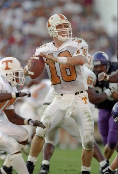Broncos Blog: Peyton Manning #18 - Bio