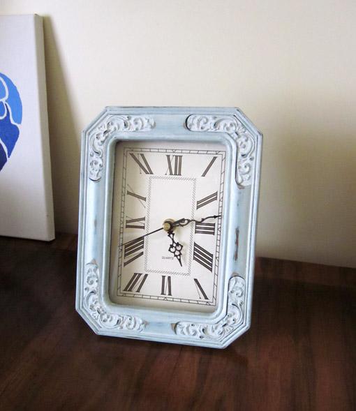 Reloj decorado pintura a la tiza