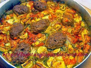 Μπιφτέκια με λαχανικά στον φούρνο - από «Τα φαγητά της γιαγιάς»