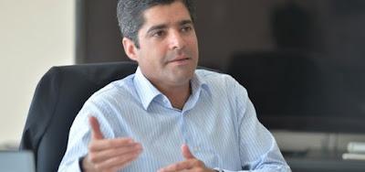 BAHIA: Neto consultou astrólogo antes de desistir de disputa pelo governo, diz coluna