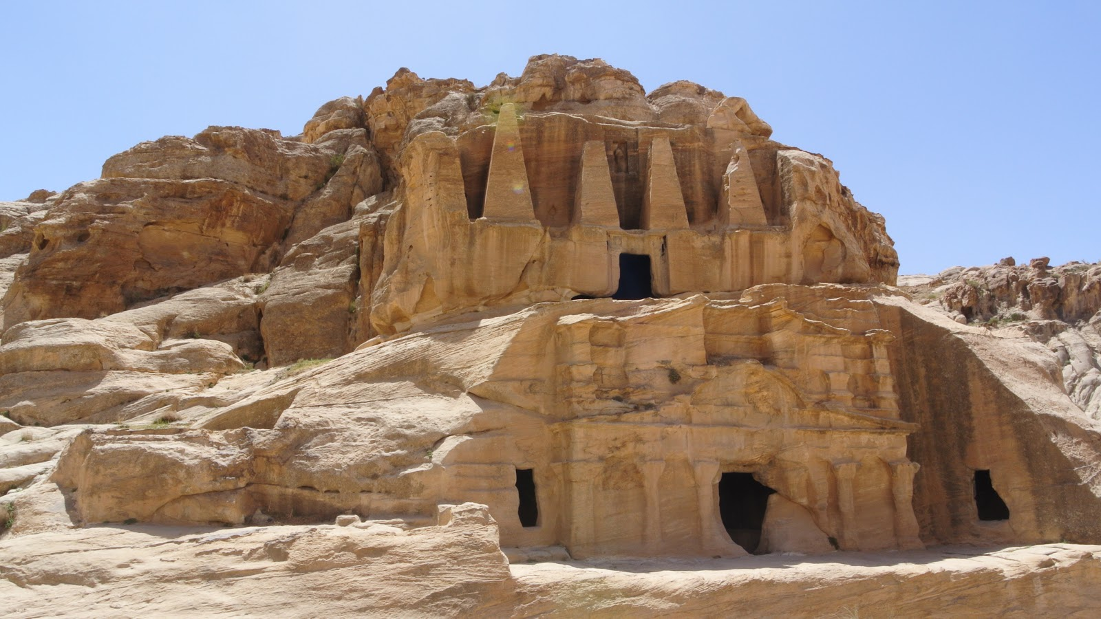 Una fotografía de la ciudad de Petra.