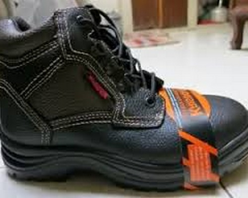 Sepatu Safety Merek Krisbow