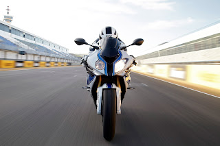 BMW dikabarkan Gabung MotoGP 2017