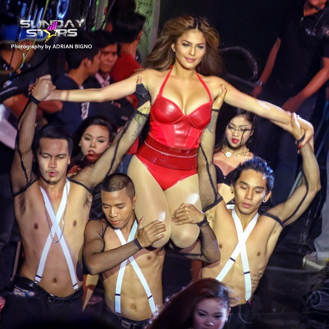 andrea torres sexy dance in sunday all star 01