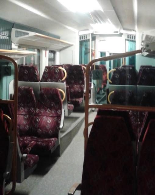 Pociąg z lotniska w Krakowie do Wieliczki