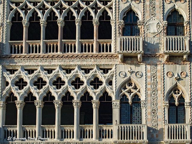 Ca' d'Oro galeria de la fachada al Gran Canal - Cannaregio, Venecia por El Guisante Verde Project