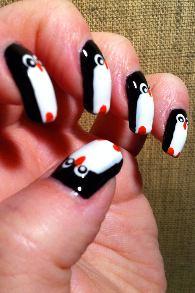 Little Miss Nailpolish: Penguin nails for NailArt Sunday ...