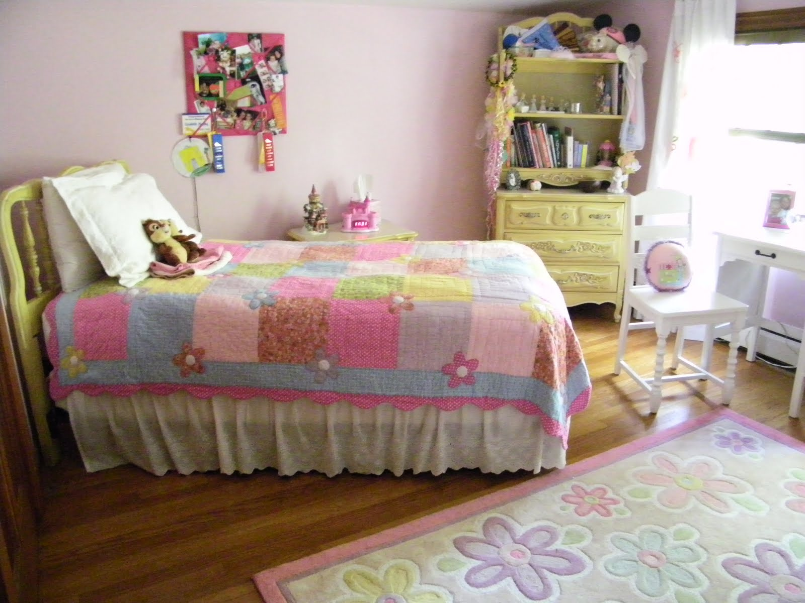 Pink And Yellow Bedrooms Maison Decor Elizabeth 39s Pink And Yellow Room