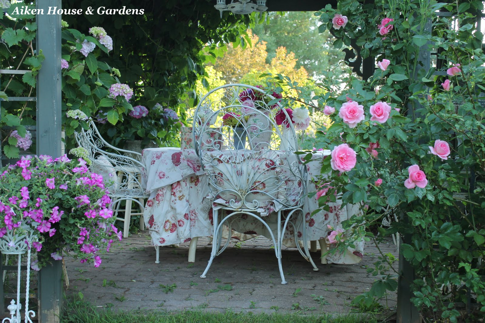 Aiken House & Gardens: Romantic Garden Style on Romantic Backyard Ideas id=27394