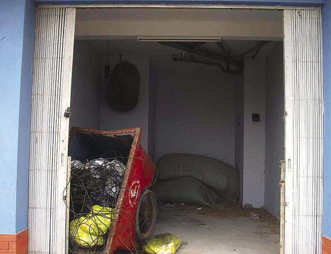 Người dân chê chất lượng nhà ở tái định cư xuống cấp trầm trọng