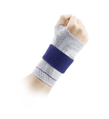 Bandage actif à stabilisation réglable ManuTrain de BAUERFEIND