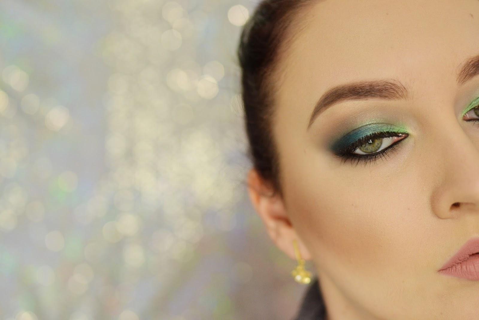 morsko zielone smokey eye