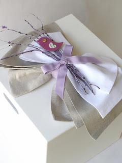 ξύλινο κουτί βάπτισης για κοριτσάκι με πουλάκι