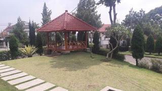 Fasilitas Gazebo Villa Orange Lembang