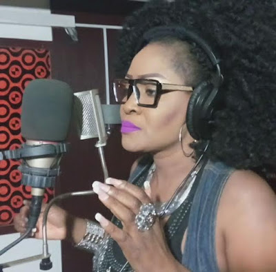 Photos: Singer Muma Gee seems to be getting her groove back post-break-up 3