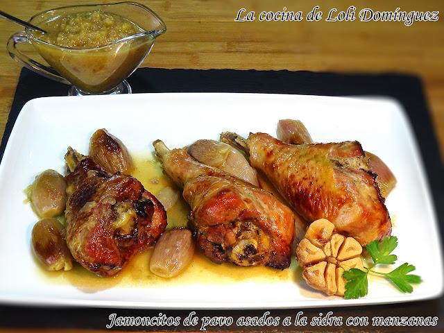Jamoncitos de pavo asados a la sidra con manzanas reineta