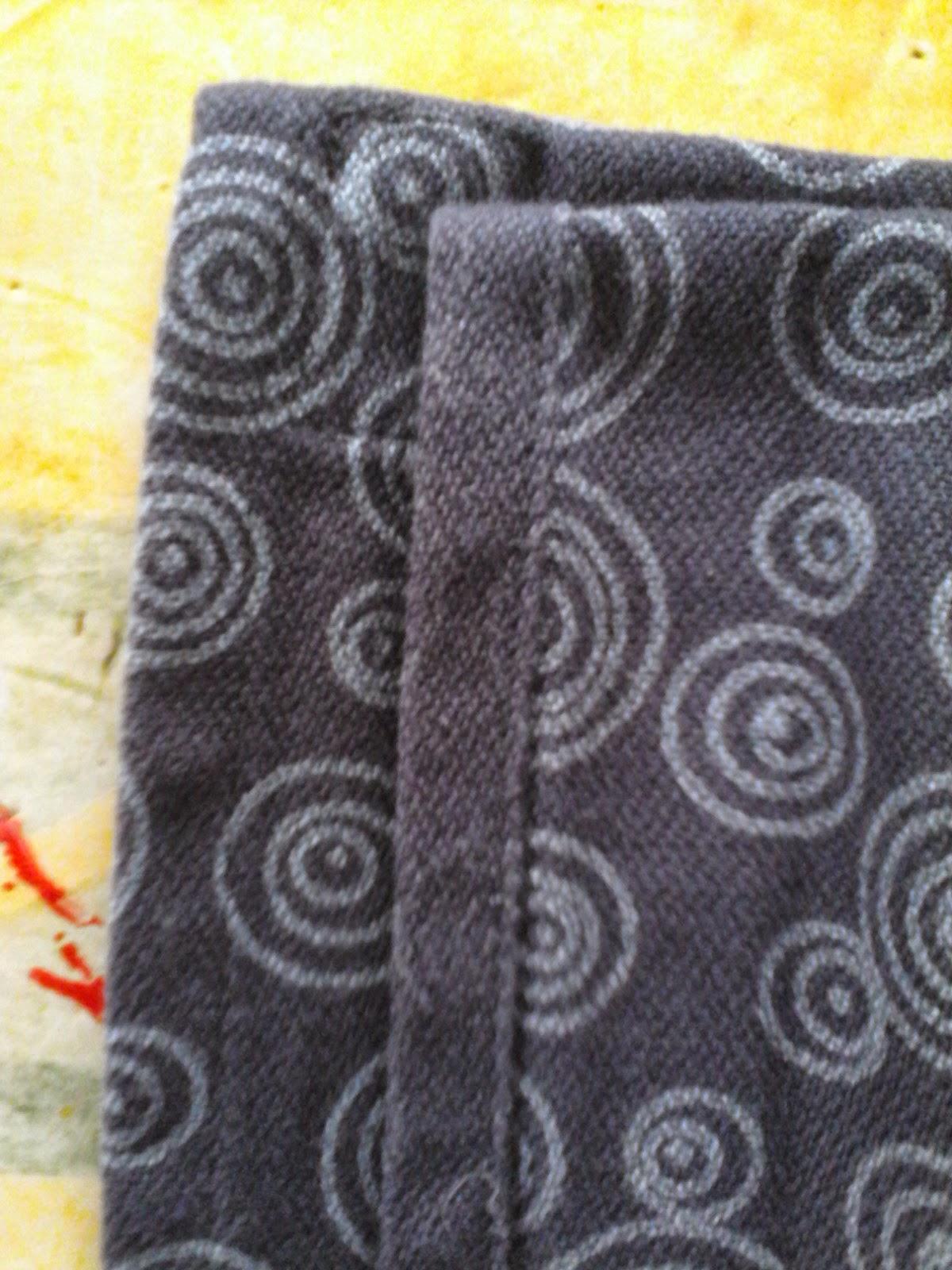 review portage écharpe Lana sergé brisé coton rondo babywearing